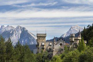 نتيجة بحث الصور عن Seefeld Castle